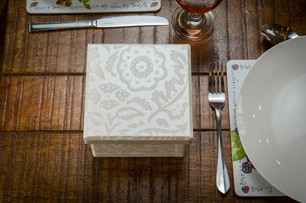 Gift Box Midi - Floral Damask Pearl