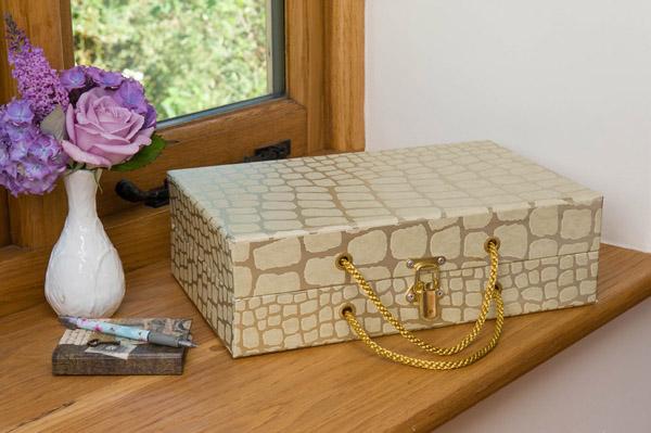 Handbag Box - Babylon Gold