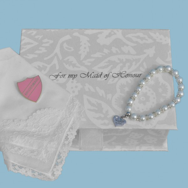 """Maid of Honour's Filled """"With Love"""" Box"""